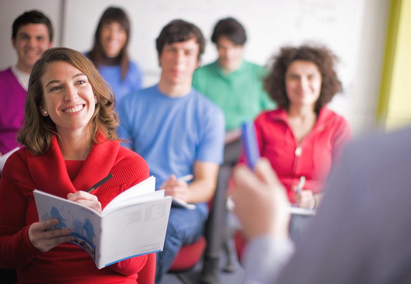 Почему вы должны выбрать курсы английского, а не самоучитель? - Английский Язык